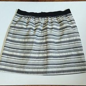4/$25 Ann Taylor Loft- skirt size 10 (0158)